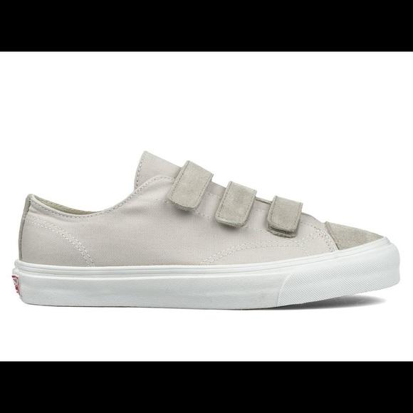 b08707c3967045 Vans Old Skool Velcro Skater Shoes Sneakers 9 7.5.  M 5b42642f6a0bb72e1405e955